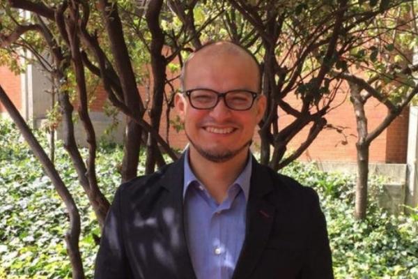 Estudiante del DIE-UD Nelson Andrés Molina Roa recibe aprobación de tesis doctoral
