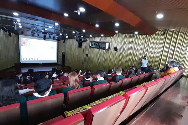 Estudiantes de Comunicación Social y Periodismo participaron en el evento Sintonizando y Amplificando